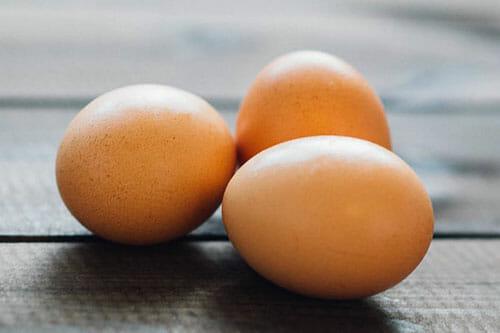 3 brown eggs